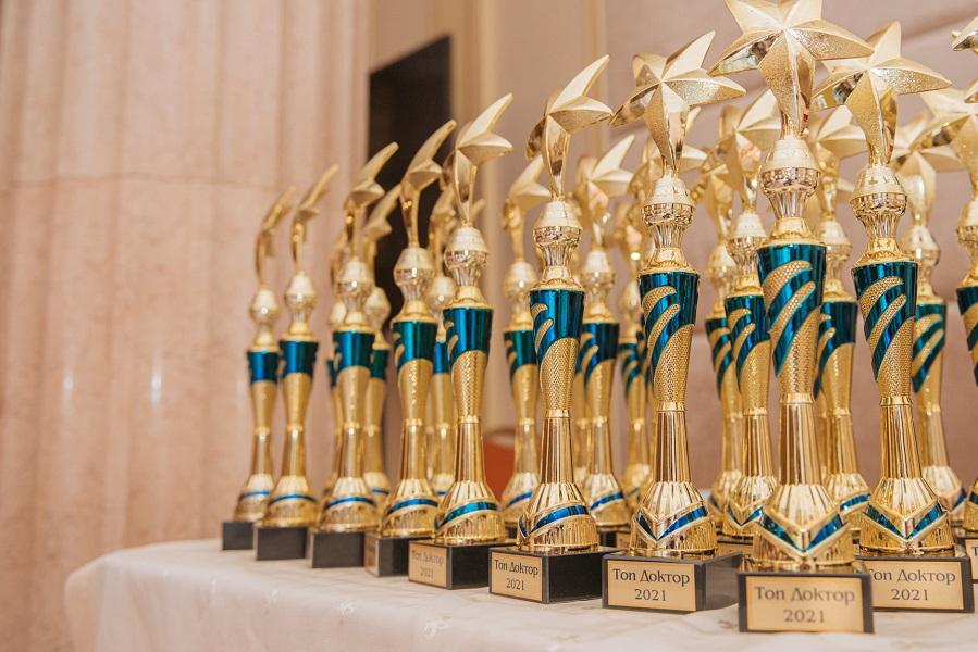 В Одессе наградили участников Народного рейтинга «ТОП Доктор 2021»
